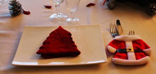 christmas-table-1527062_1280